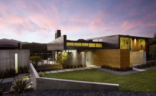 modern Lima Residence with naturally design and minimalist concept