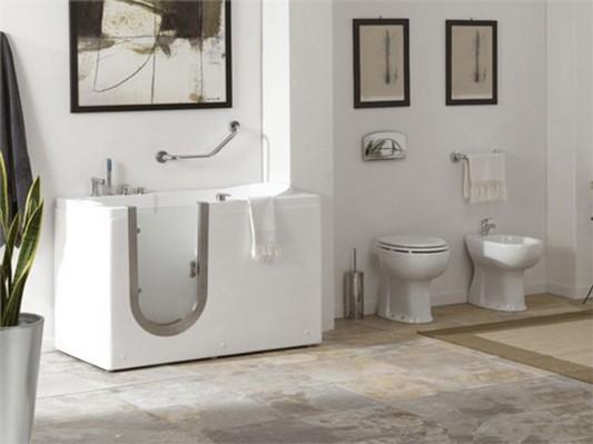 modern contemporary walk in bathtubs design by Senior Life
