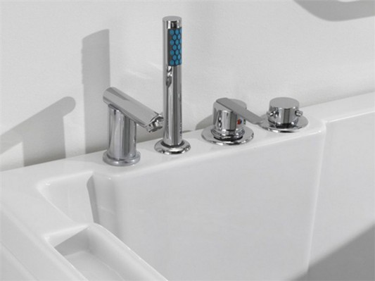 modern contemporary walk-in bathtubs with modern and stylish faucet