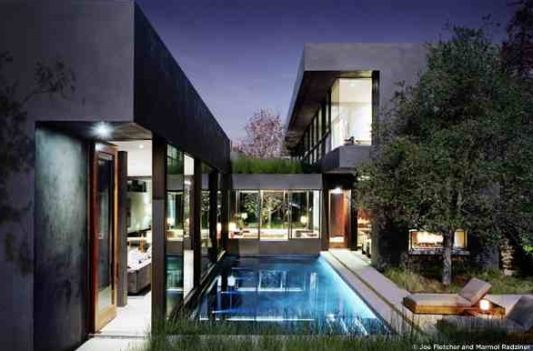 modern home vienna way residence swimming pool design