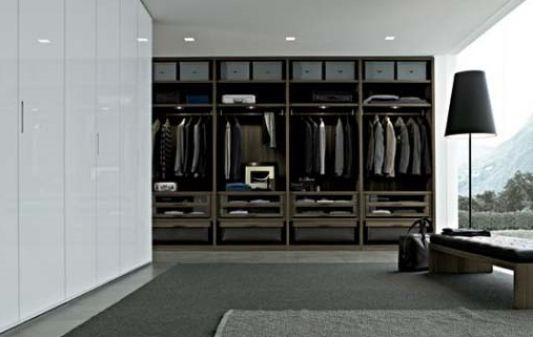 modern walk in design with black and white color