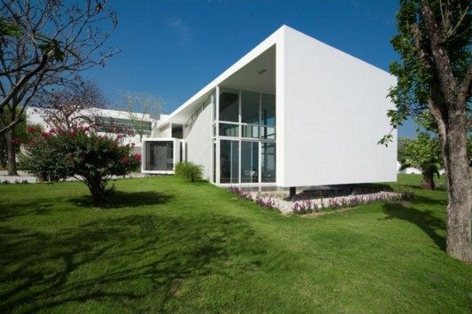 neo modern house design beautiful house side view