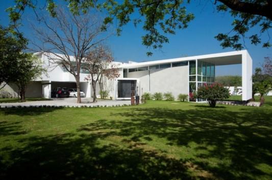 neo modern house design open green garden concept