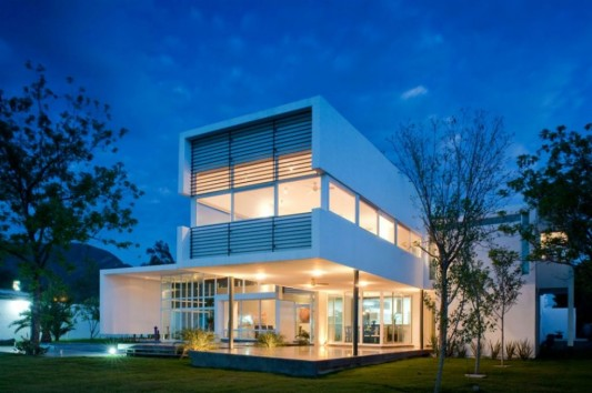 neo modern house design with beautiful lighting design