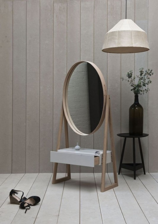 Oak Dresser Design With Simple Mirror