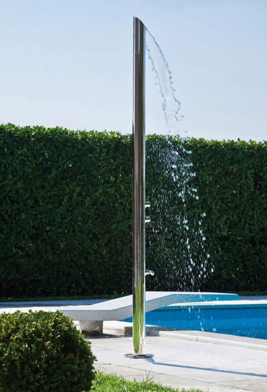 outdoor shower column with shower diffuser and foot