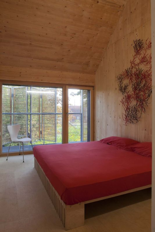 passive wooden house bedroom design ideas