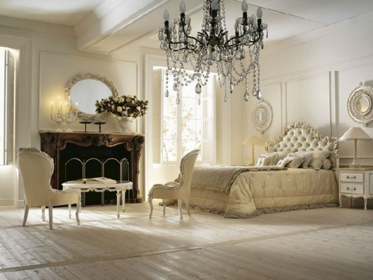 Romantic Classical Bedroom With Luxurious Design