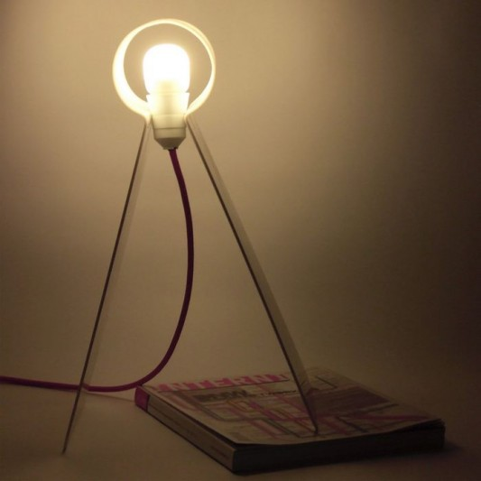 simple and intuitive table lamps design