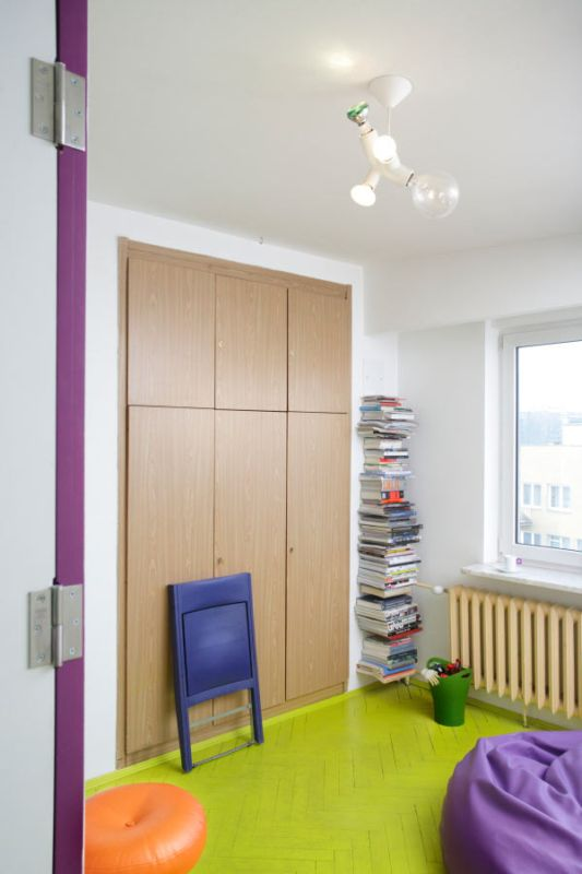 small wardrobes for minimalist apartment interior decor