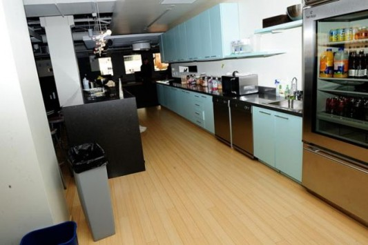 twitter new office design with kitchen