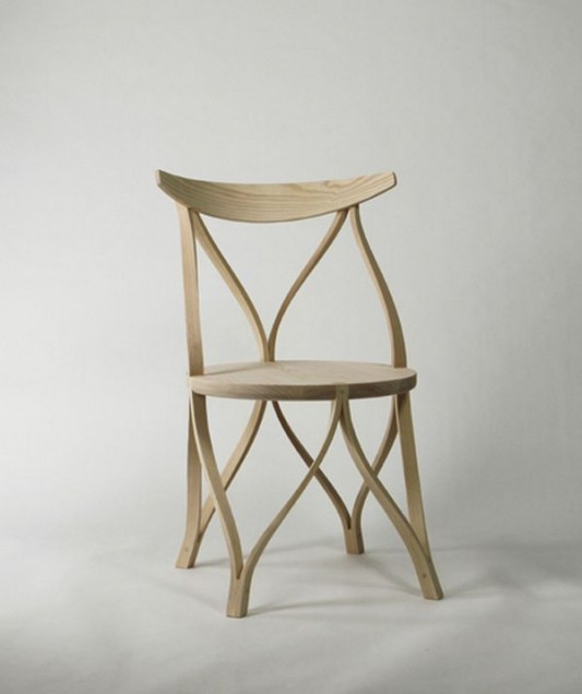 unique and comfortable bentwood chair design