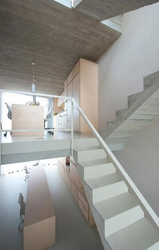 vertical house stairs design