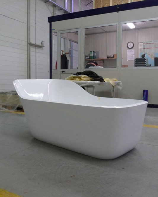 wanda comfortable modern couple bathtub design