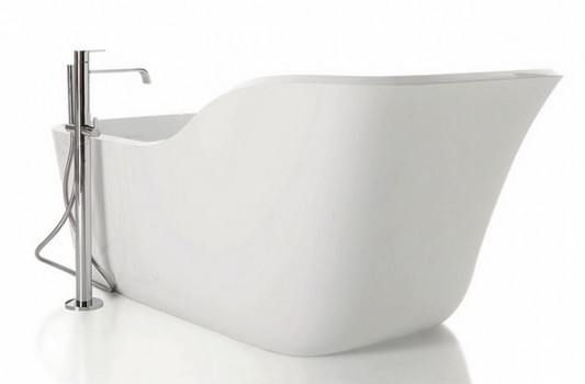 wanda white shiny beautiful and cozy bathtub design
