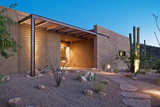 warm and comfortable small house exterior design ideas