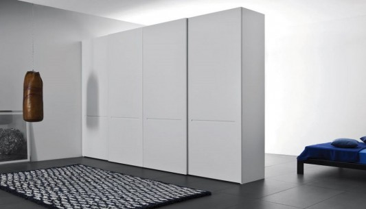 white matt lacquered tratto contemporary sliding doors wardrobes