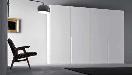 white matt lacquered tratto wardrobes with four sliding doors