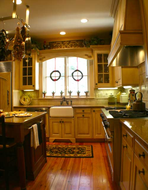 Kitchen Interior Design Ideas Classic: Classic Country Kitchen By David Markoff