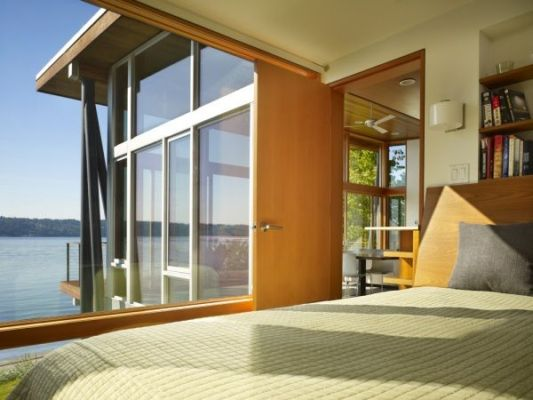 wooden beach house bedroom design